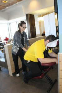 Massage sur chaise au McDon