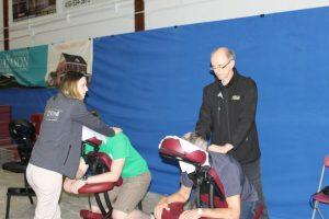 19-1-Jean-Pierre&Alexandra massage sur chaise diapason